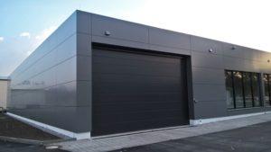 Für den neugebauten Aldimarkt fertigten wir eine Reynolux Aluverbundfassade in mausgrau.