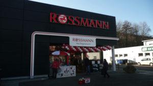 Rossmann Reynobond Fassade - Neueröffnung